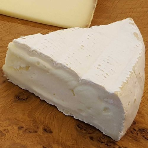 Wigmore Cheese, sweet ewe's milk brie
